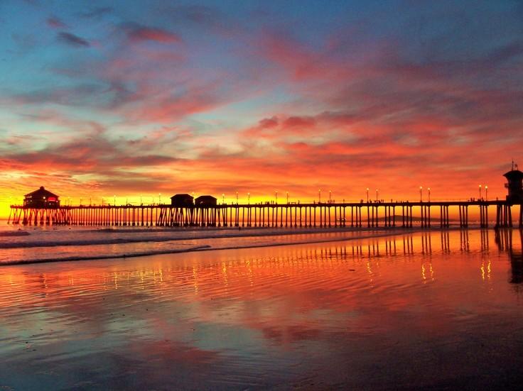 Huntington_Beach_Ca._Pier_Winter_sunset